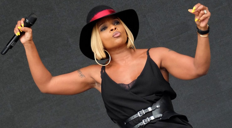 Black females singer Mary J Blige