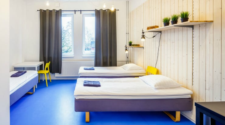 Is staying in a cheap hostel good when travelling?