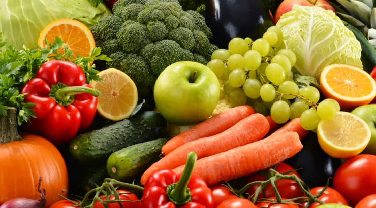 Eat Using the Rainbow Method to Be a Healthy, Strong Vegan