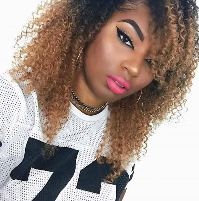 3c curly quick weave hairstyle example with brown