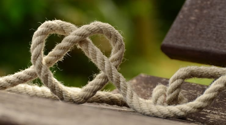 You can bring bondage into the bedroom to spice up your love life