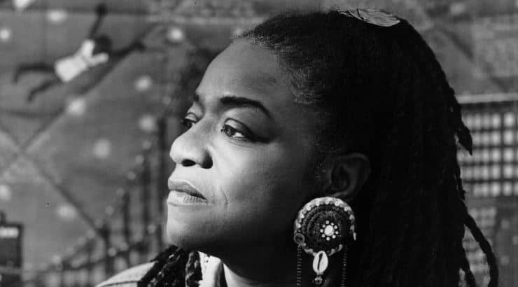 Faith Ringgold is an artist who's medium focuses in quilted art.