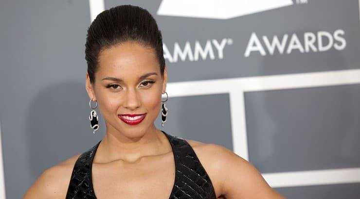Alicia Keys has also received 17 NAACP Image Awards and 9 Billboard Music Awards.