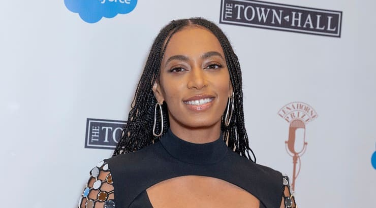 Solange's 2016 album A Seat at the Table is what earned her a Grammy for Best R&B Performance.