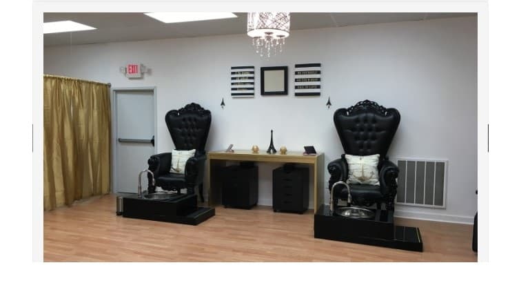 Parris Nail Lounge is a Dover-based nail salon that offers its customers specials for booking on particular days.