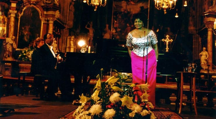 Grace Bumbry is a black opera singer that performed at Ronald Reagan's inauguration.