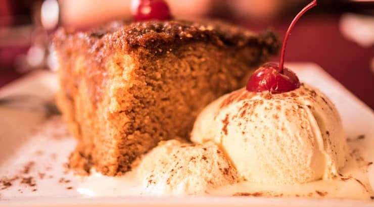 A popular South African dessert is malva pudding, a baked dessert with hints of apricot.