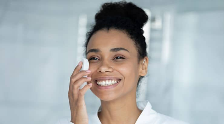 Sensitive skin is very similar to dry skin, and those with the skin type should look for glycerin or ceramides in their face products.
