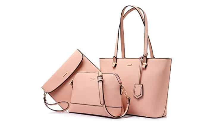 A three-piece purse set is ideal for transitioning between a shoulder bag and a crossbody bag.