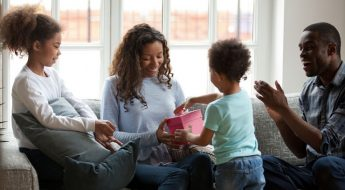 Best Gift Ideas For Black Moms
