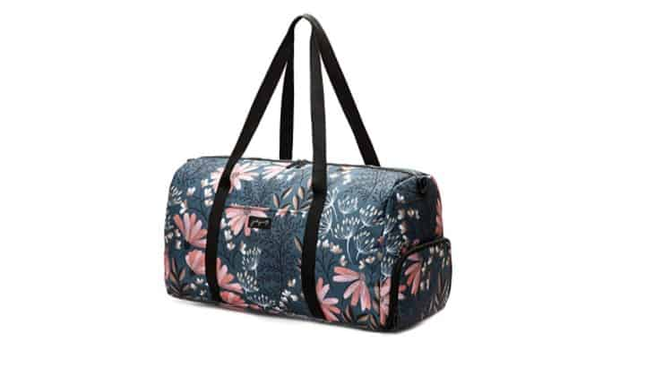 A weekender bag is a great gift for a woman who likes to travel.