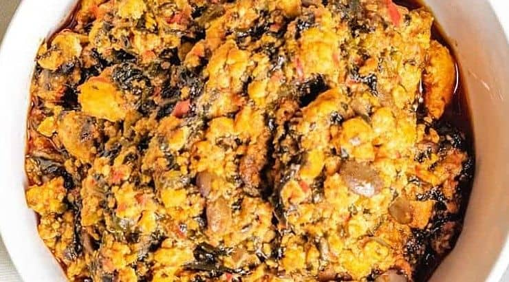 Egusi soup is low in carbs but high in fats and proteins.