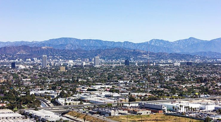 Baldwin Hills is a Los Angeles County community with an average family income of $157K.