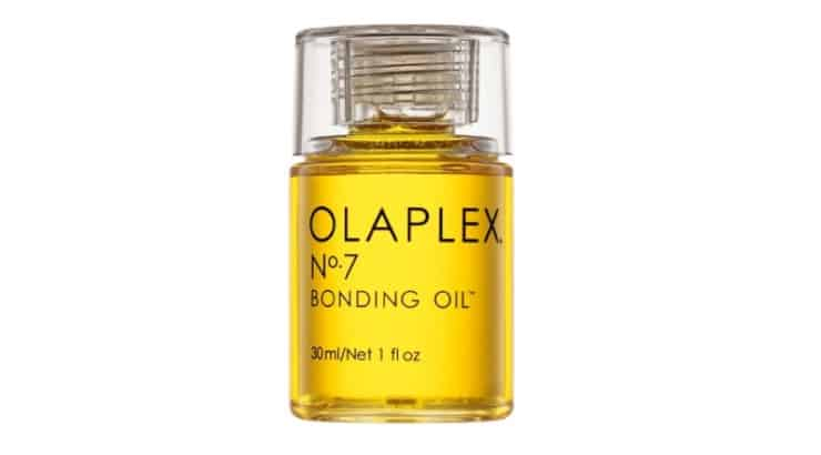 The Olaplex No. 7 Bonding Oil helps add shine, softness, and vibrancy to the hair while protecting from high temperatures.
