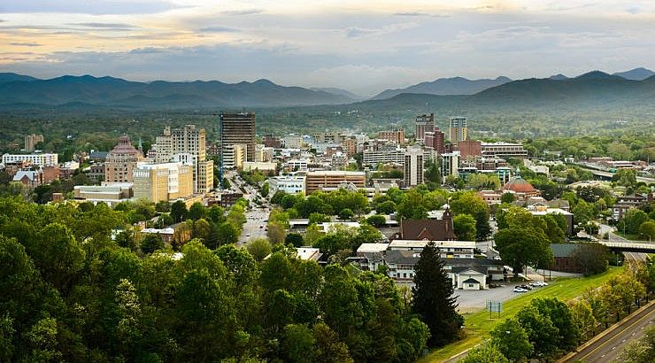 Asheville, North Carolina, has a nice, temperate climate that is a selling point for many Black retirees.