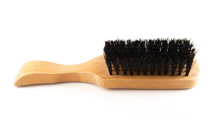 Wave brushes can either have soft or hard bristles.