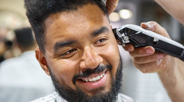 13 Best Clippers For Black Men 2021, Cut Your Own Hair Easily!