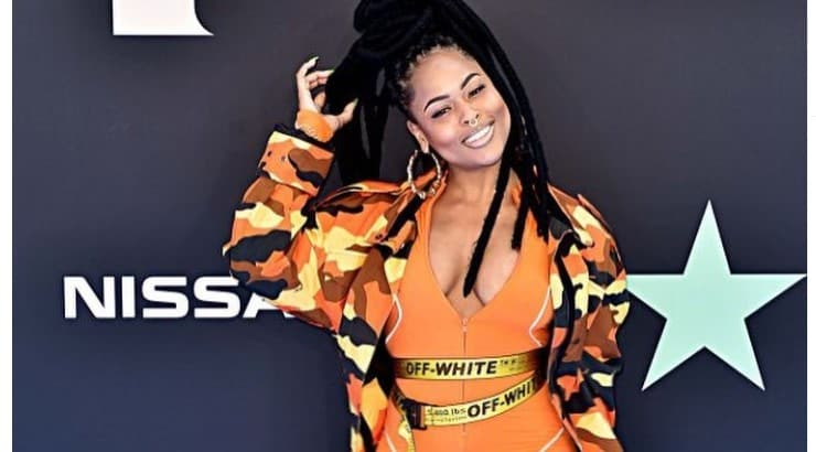 Bri Steves is a singer and rapper from Philadelphia who lists Missy Elliott and Foxy Brown as two of her influences.