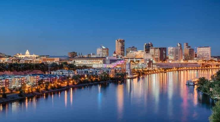 5 Best St. Paul Neighborhoods For Black Families, Singles & Young Professionals