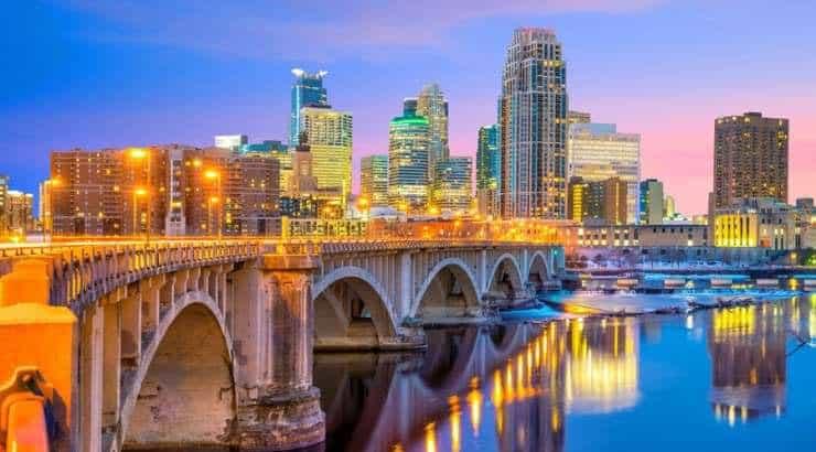 5 Best Minneapolis Neighborhoods for Young Black Professionals, Black Families & Singles – Minnesota