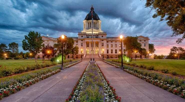 7 Best Pierre Neighborhoods for Black Families, Young Professionals & Singles – South Dakota