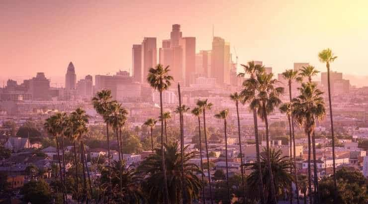 5 Best Los Angeles Neighborhoods For Young Black Professionals, Singles & Black Families –California