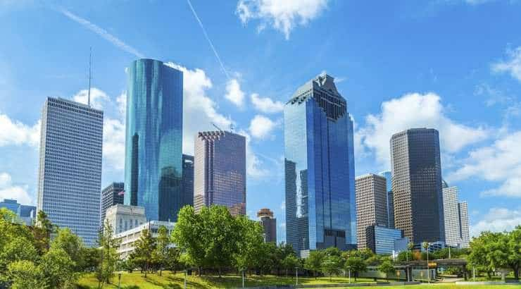 5 Best Houston Neighborhoods For Black Families, Singles & Young Professionals – Texas