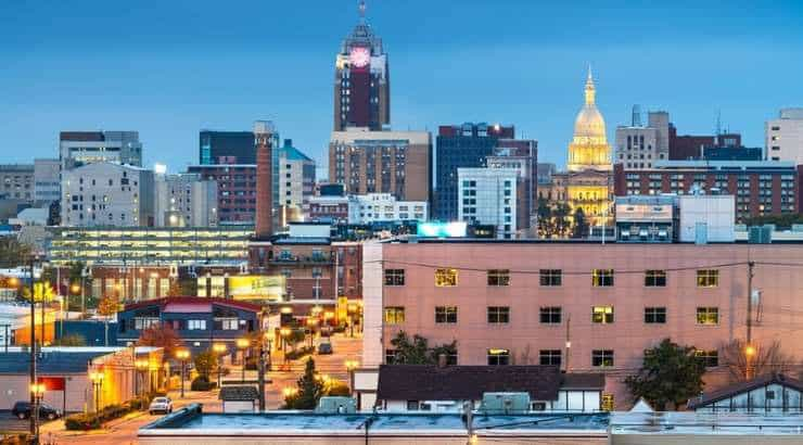 5 Best Lansing Neighborhoods For Black Singles, Families & Young Professionals –Michigan
