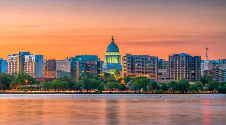 5 Best Madison Neighborhoods For Black Families, Young Professionals & Singles ‒ Wisconsin