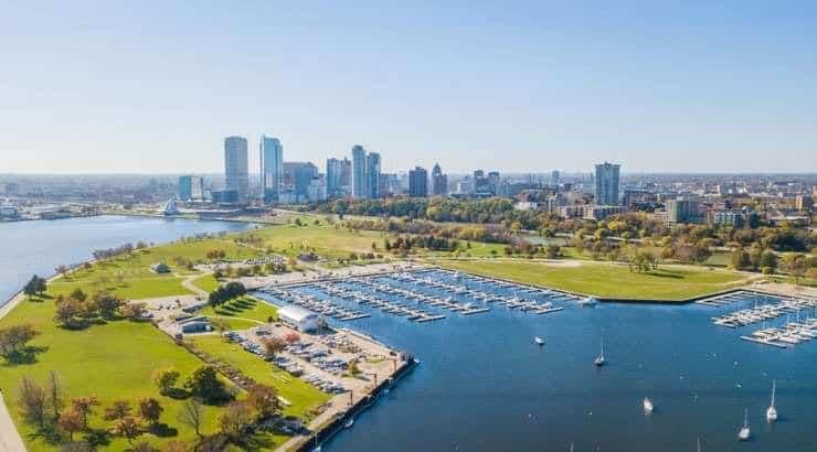 5 Best Milwaukee Neighborhoods For Young Black Professionals, Singles & Black Families – Wisconsin