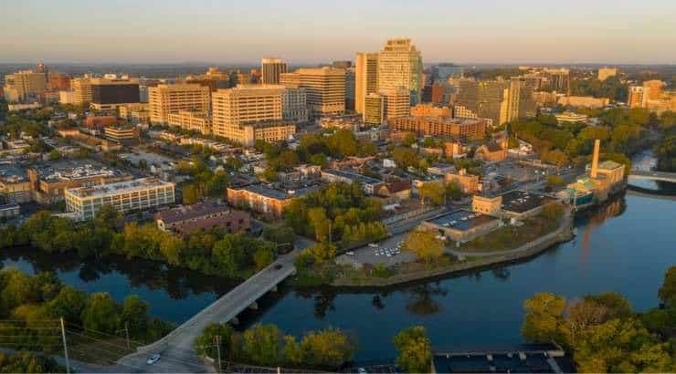 5 Best Wilmington Neighborhoods For Black Singles, Young Professionals & Families – Delaware